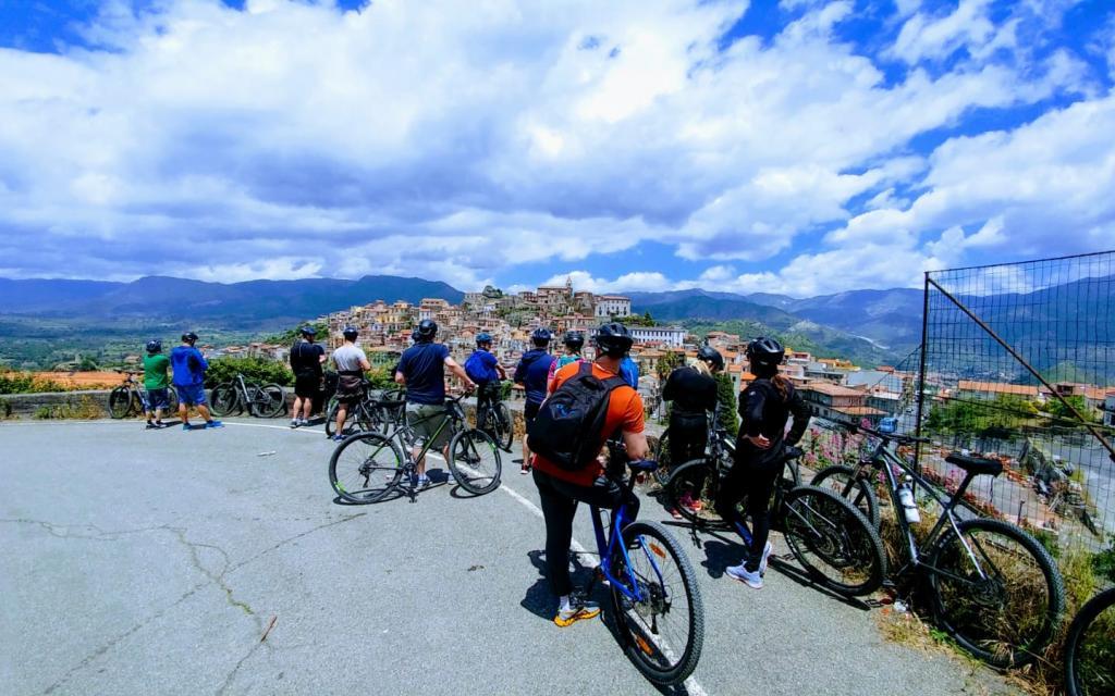 MTB tour around Mount etna