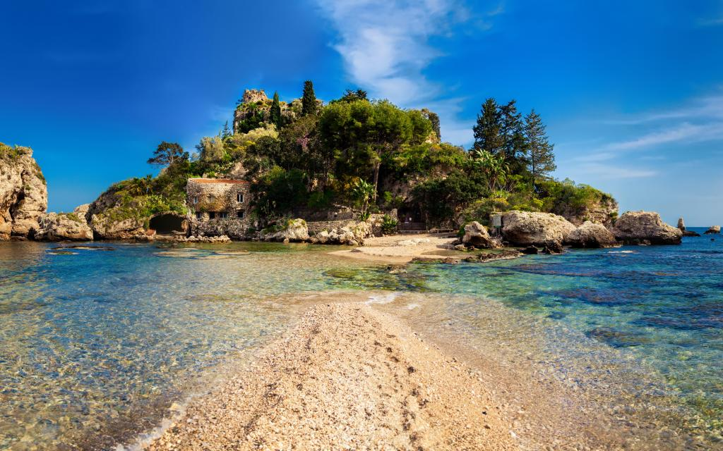 isola bella taormina walking tour of sicily